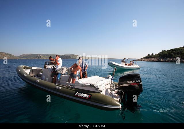 Honda boat motors four autos weblog for How to winterize a honda 4 stroke outboard motor