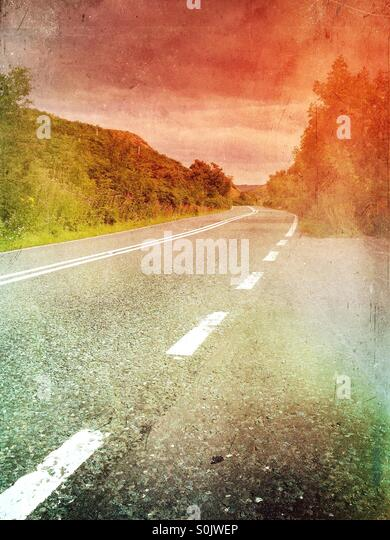 Road leading into the distance - Stock Image