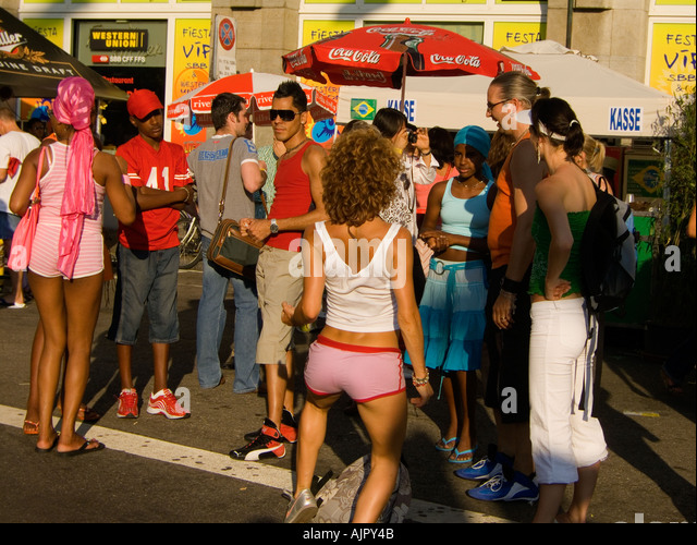 Switzerland Zurich Helvetia square caliente festival street party - Stock Image