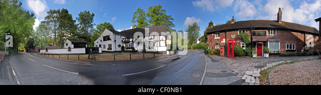 Panorama at Bell lane, Thelwall, Warrington, Cheshire, England, UK including the old Thelwall Post Office and the - Stock Image