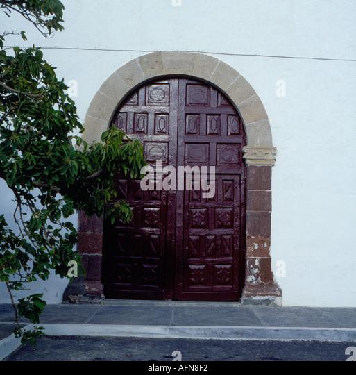 Lanzarote village of Yaiza gate. Photo by Willy Matheisl - Stock Image