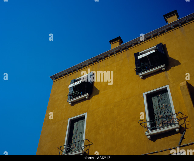 house at the Campo San Vidal, Venice, UNESCO World Heritage Site,  Italy,  Europe. Photo by Willy Matheisl - Stock Image