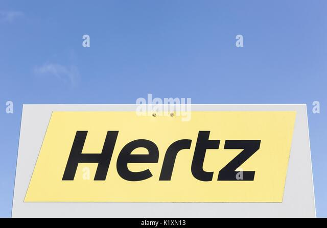 Hertz Rental Car Stock Photos Amp Hertz Rental Car Stock