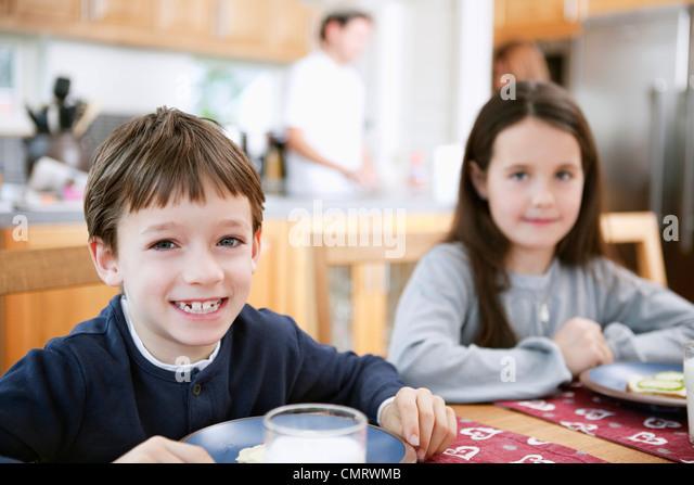 Kids in kitchen - Stock-Bilder