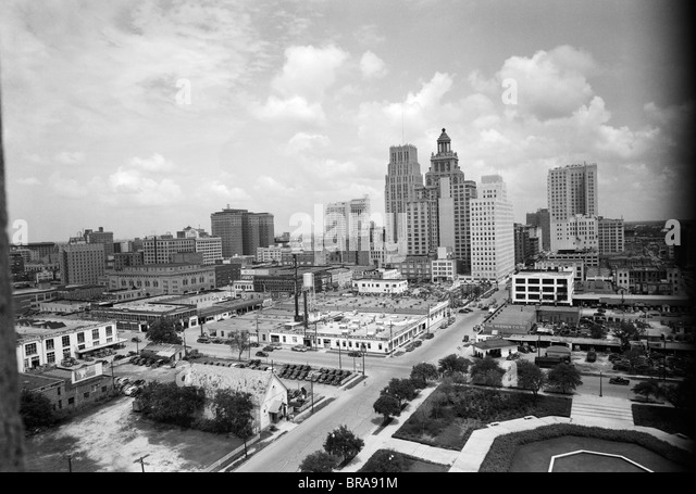 1940s SKYLINE OF BUSINESS DISTRICT OF HOUSTON TEXAS FROM CITY HALL - Stock Image