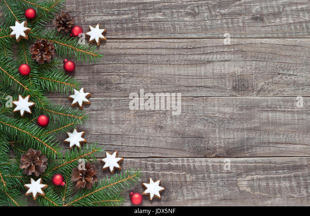 Zapfen dekoration stock photos zapfen dekoration stock for Weihnachtliche dekoration
