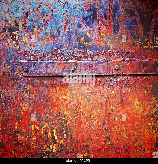 Rust on metal door - Stock-Bilder