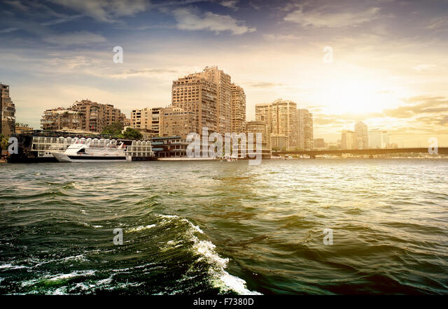 Modern buildings of Cairo on the Nile - Stock-Bilder