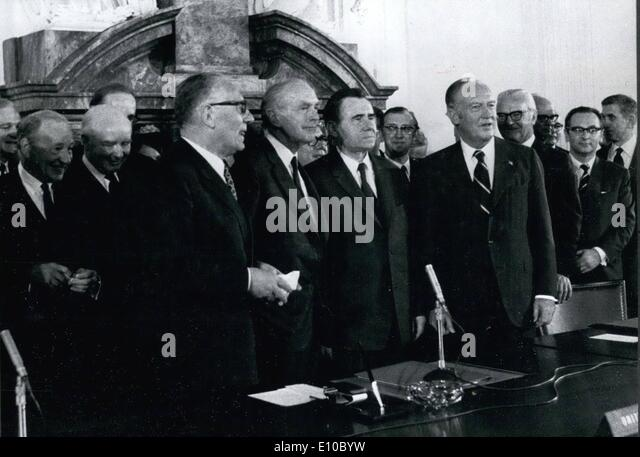 Jun. 06, 1972 - A History Day for Berlin The four foreign minister signed the Berlin agreement at the former Kontrollrat - Stock Image