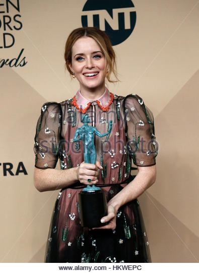 Actress Claire Foy poses with the award she won for Outstanding Performance by a Female Actor in a Drama Series - Stock-Bilder
