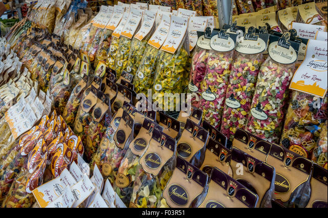 Pasta stall at Campo de' Fiori outdoor food market in Rome., Italy. - Stock Image