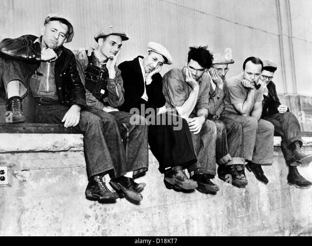 A group of pickets at San Pedro during the general maritime strike on the Pacific ports. Nov. 31, 1936. (CSU_ALPHA - Stock Image
