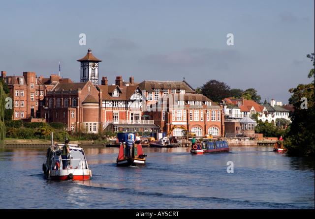 Doug Blane Narrowboats navigating along the River Thames, London - Stock Image