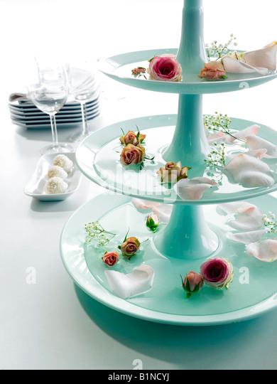 Dekorieren stock photos dekorieren stock images alamy - Etagere weihnachtlich dekorieren ...
