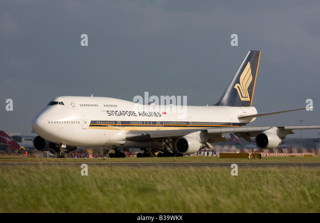 Singapore Airlines Boeing 747-412 London Heathrow, United Kingdom - Stock Image