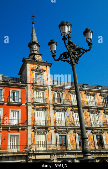 Plaza mayor madrid stock photos plaza mayor madrid stock images alamy - Casa de la panaderia madrid ...