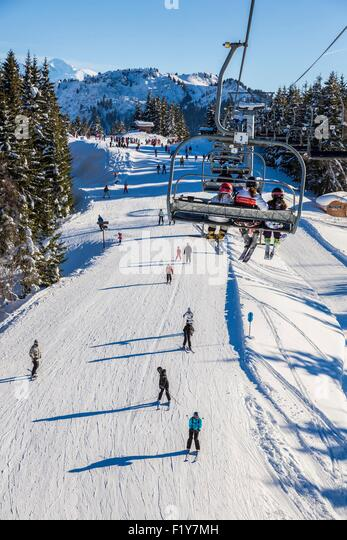 Morzine ski lift stock photos morzine ski lift stock - Office du tourisme morzine haute savoie ...