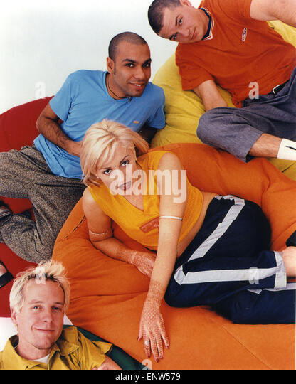 NO DOUBT Promotional photo of  US rock group about 1995 - Stock Image
