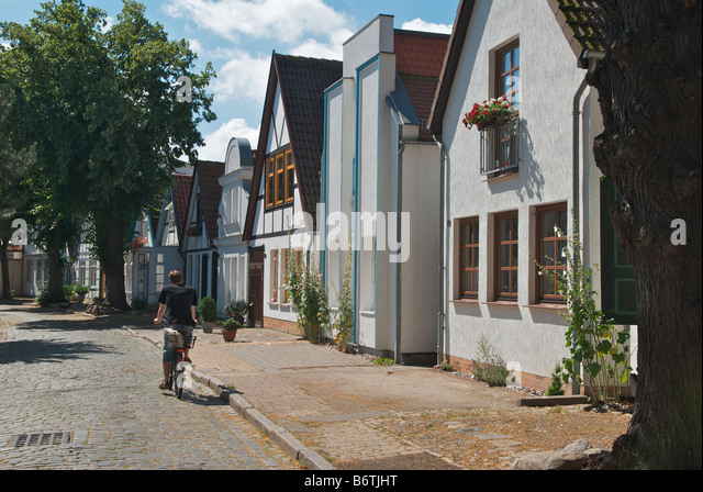 Cobble stoned stock photos cobble stoned stock images for Warnemunde appartements