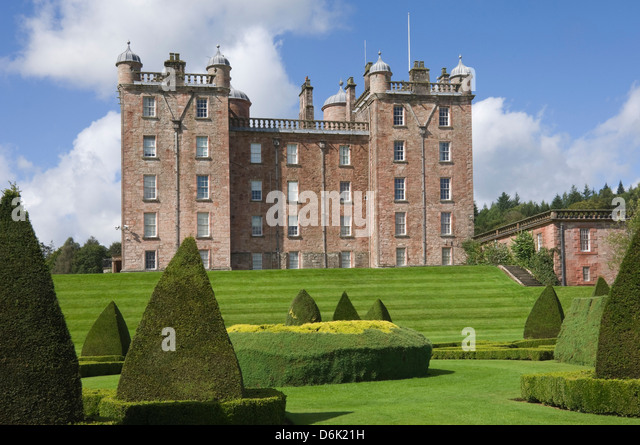 The Topiary Garden at the The Pink Palace built by the 1st Duke of Queensberry, Dumfries and Galloway, Scotland, - Stock-Bilder