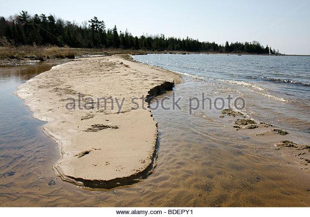 Michigan Upper Peninsula U.P. UP Naubinway Lake Michigan northernmost point Great Lakes nature shore shallow erosion - Stock Image