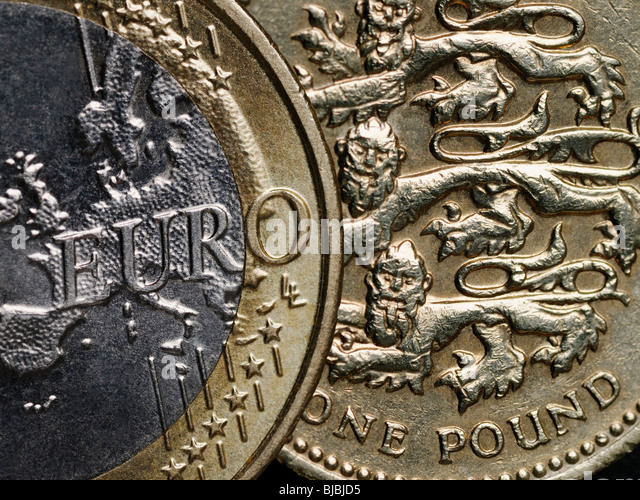 Euro and Pound Currencies of Britain and the European Union - Stock-Bilder