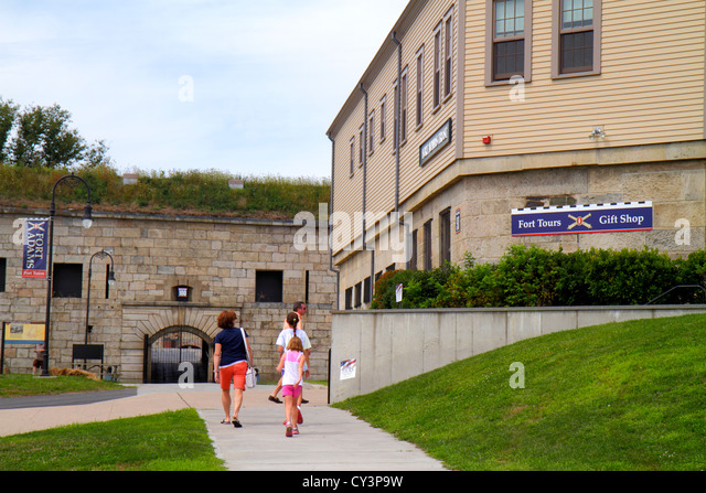 Rhode Island Newport Fort Ft. Adams State Park family - Stock Image