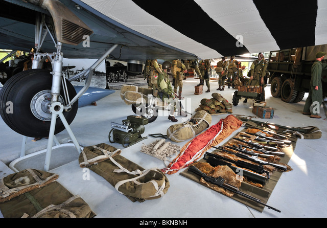 Douglas C-47 airplane, uniforms and weapons of the American army in the Airborne Museum at Sainte-Mère-Église, - Stock Image