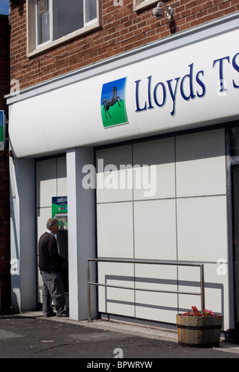 High street banks stock photos high street banks stock - National westminster bank head office address ...