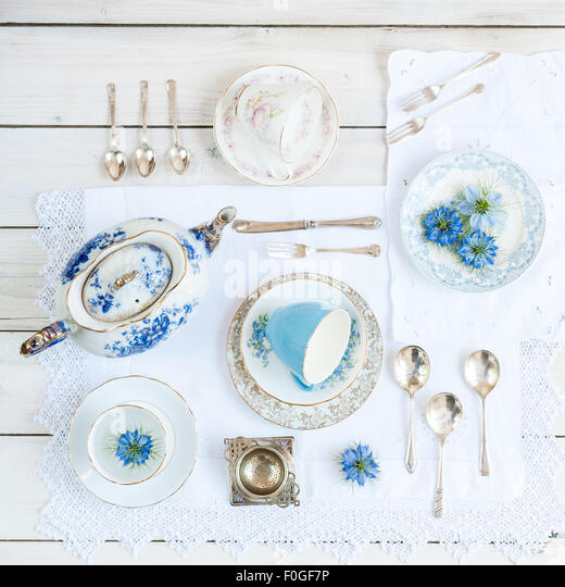 a collection of vintage teaware - Stock-Bilder