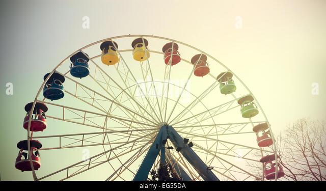 Retro vintage filtered picture of a ferris wheel. - Stock-Bilder