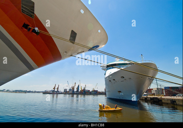 Cruise ships docked in port of Montevideo, Uruguay - Stock Image