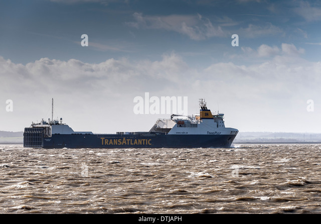 The Ro-Ro cargo ship Transpulp steaming up river in The Thames Estuary. - Stock Image