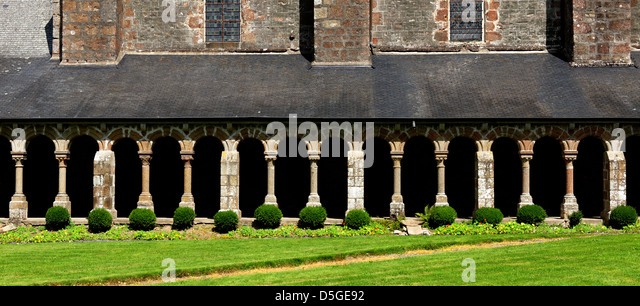 Cloister at the Abbaye Blanche, Mortain, Normandy, France - Stock Image