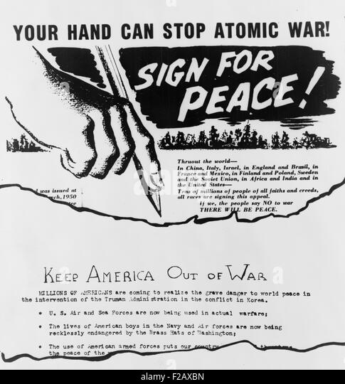 Anti-war leaflet and petition distributed in Cleveland by American Communists in 1950. (BSLOC_2015_2_35) - Stock-Bilder