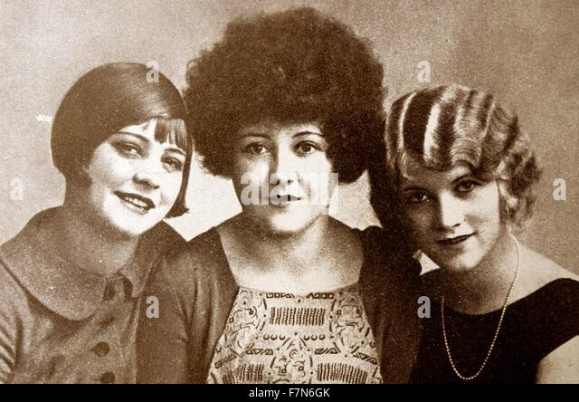 Although these three widely differing styles seem comical, they were considered to be chic in the 1920s when short - Stock-Bilder