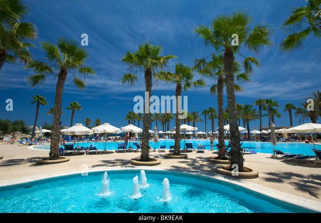 Julians Restaurant Miami Beach