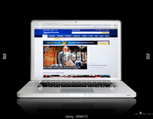Yahoo movies website on laptop screen - Stock Image