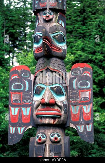 Alaska Ketchikan Raven Stealing Sun totem pole - Stock Image