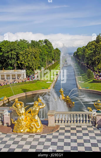 Peterhof Palace Grand Cascade with fountains  and gardens in summer  near Saint Petersburg, Russia - Stock Image