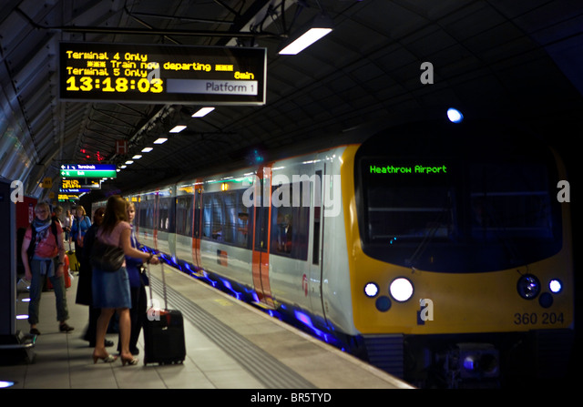 how to get from heathrow terminal 4 to train station