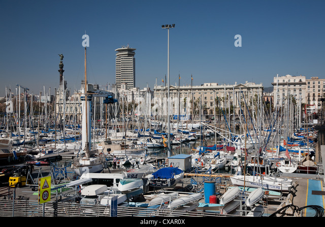 View of Port Vell showing Columbus monument, Barcelona, Catalonia, Spain, Europe - Stock Image