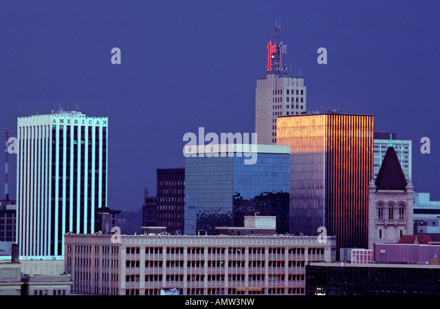 SKYLINE OF ST.PAUL, MINNESOTA IN 1988. ARCHIVAL COLLECTION.  SUNSET. - Stock Image