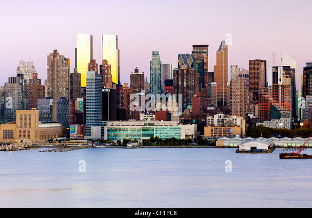 Manhattan, view of Midtown Manhattan across the Hudson River, New York, United States of America - Stock Image