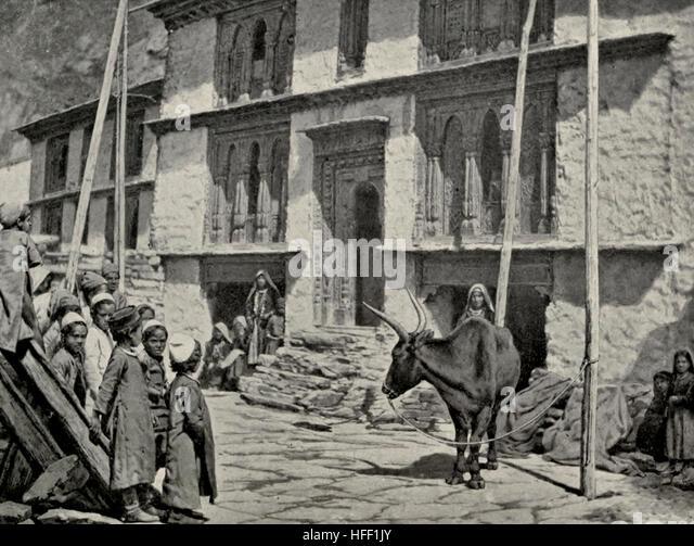 House of a wealthy Shoka - Tibet, circa 1899 - Stock Image