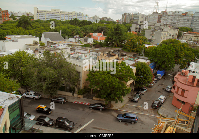 Uruguay Montevideo Tres Cruces view from Hospital Britanico street scene overhead view intersection car building - Stock Image