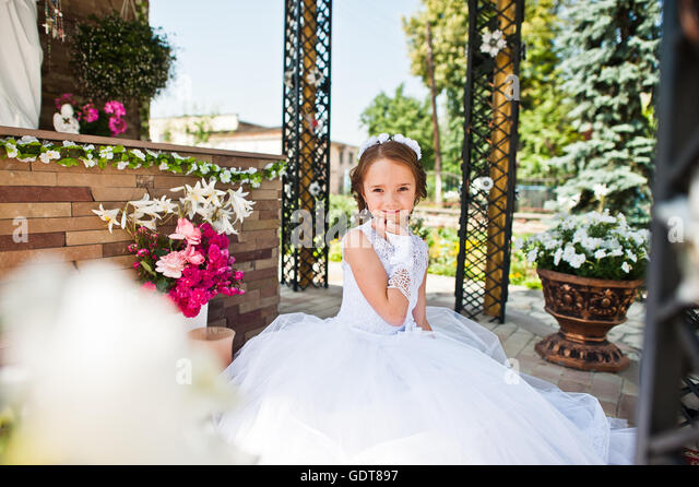 Children first holy communion catholic stock photos for Heliumballons duisburg