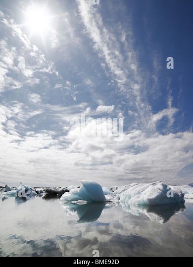 Sunlight on icebergs - Stock Image