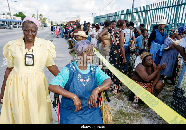 Miami Florida Little Haiti Thanksgiving Turkey Give-Away give away Haitian Black woman women senior assistance community - Stock Image