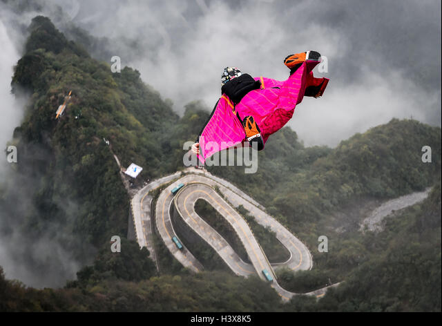 Zhangjiajie, China's Hunan Province. 13th Oct, 2016. Vincent Descols of France glides during the qualification - Stock Image